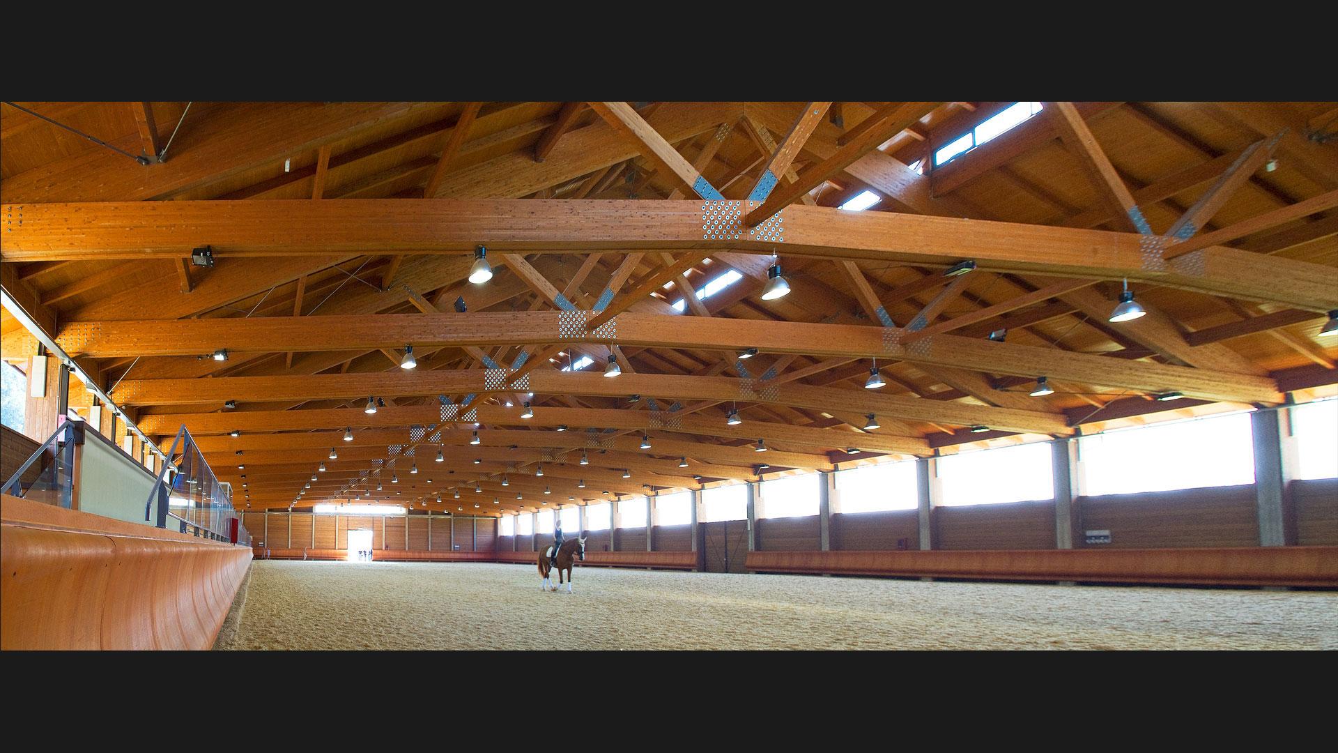 Complejo para deportes ecuestres la mandria torino - Casas de madera laminada ...